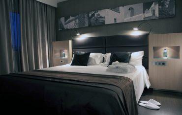 04-rooms-doubleroomdeluxe-mountainview-01