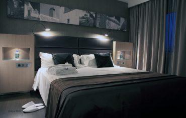 04-rooms-doubleroomdeluxe-seaview-04