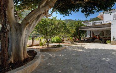 Casa Vilda Marge-campo-terraza-4